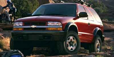 2002 Chevrolet Blazer LS Four Wheel Drive Tow Hooks Tires - Front All-Season Tires - Rear All-Se
