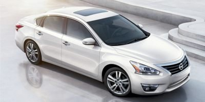 Used 2014 Nissan Altima in Elgin, IL