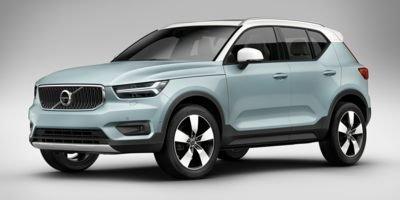 2022 Volvo XC40 Momentum T4 FWD Momentum Intercooled Turbo Regular Unleaded I-4 2.0 L/120 [0]