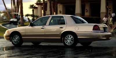 2004 Ford Crown Victoria Standard