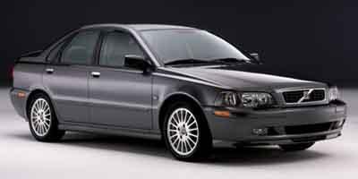 2004 Volvo S40  Turbocharged Front Wheel Drive Aluminum Wheels Power Steering 4-Wheel Disc Brak