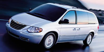 Used 2005 Chrysler Town & Country in Little River, SC
