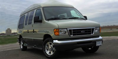 2005 Ford Econoline Wagon  Rear Wheel Drive Tires - Front All-Season Tires - Rear All-Season Con