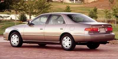 2000 Toyota Camry CE Front Wheel Drive Tires - Front All-Season Tires - Rear All-Season Conventi