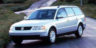 2000 Volkswagen Passat GLX All Wheel Drive Traction Control Tires - Front All-Season Tires - Rea