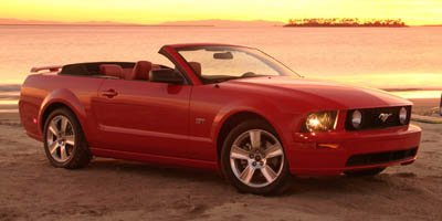 2005 Ford Mustang V6 Premium Convertible Rear Wheel Drive Tires - Front All-Season Tires - Rear A