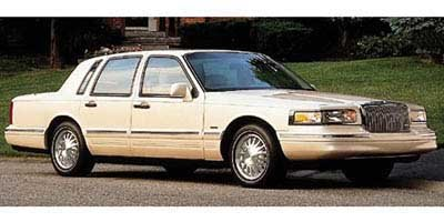 1997 Lincoln Town Car Signature 4dr Sdn Signature Gas V8 4.6L/281 [0]