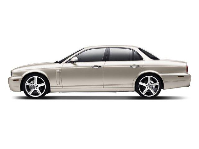 2008 Jaguar XJ XJ8 Traction Control Stability Control Rear Wheel Drive Active Suspension Tires