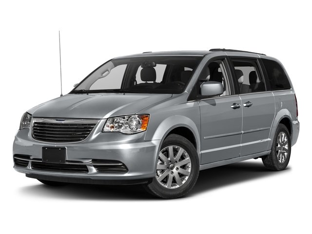 Used 2016 Chrysler Town & Country in Paris, TX