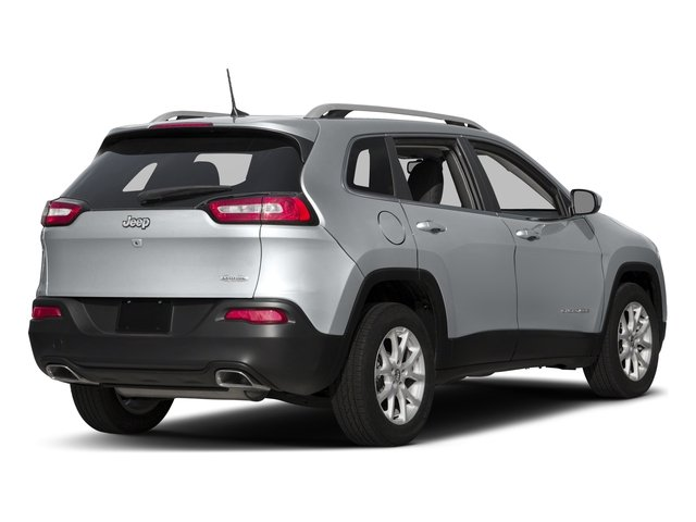 Used 2016 Jeep Cherokee in Fergus Falls, MN