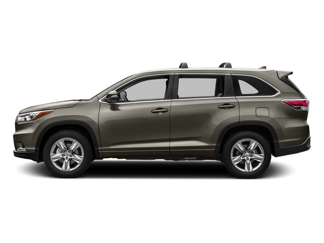 Used 2016 Toyota Highlander in Greeley, CO