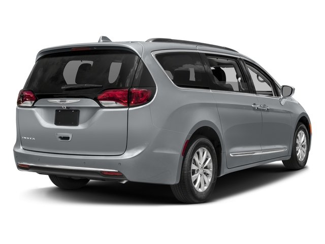 Used 2017 Chrysler Pacifica in Fife, WA