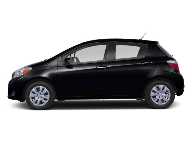 2013 Toyota Yaris LE AMFM Stereo CD Player Cruise Control Keyless Entry Power Door Locks Powe