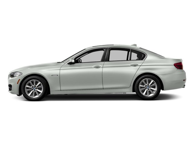 2016 BMW 5 Series 528i HEATED FRONT SEATS PARK DISTANCE CONTROL PREMIUM PACKAGE  -inc Power Tail