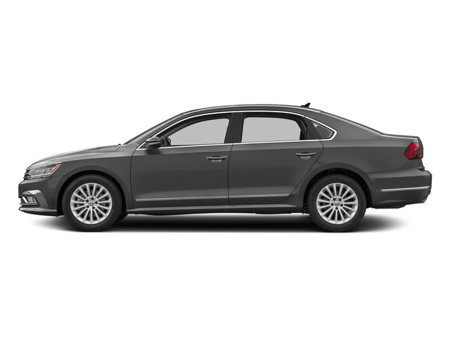 2016 Volkswagen Passat photo