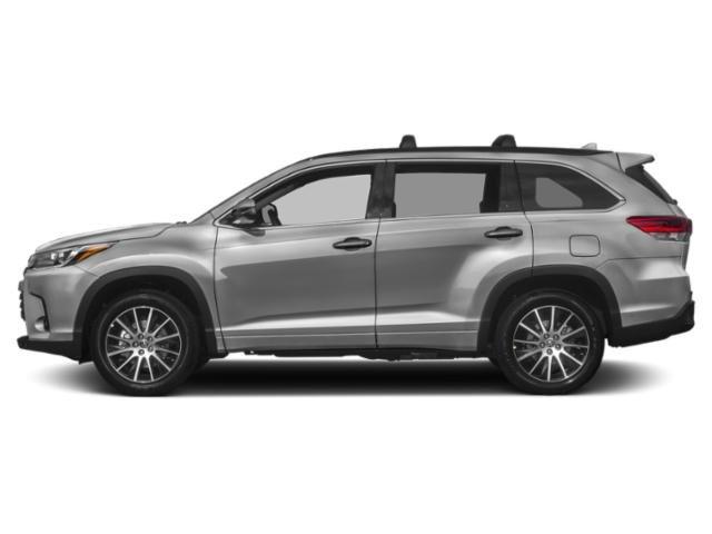 New 2019 Toyota Highlander in Mt. Kisco, NY
