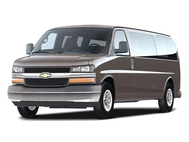 "2008 Chevrolet Express Passenger LT RWD 2500 135"" Gas V8 6.0L/364 [3]"