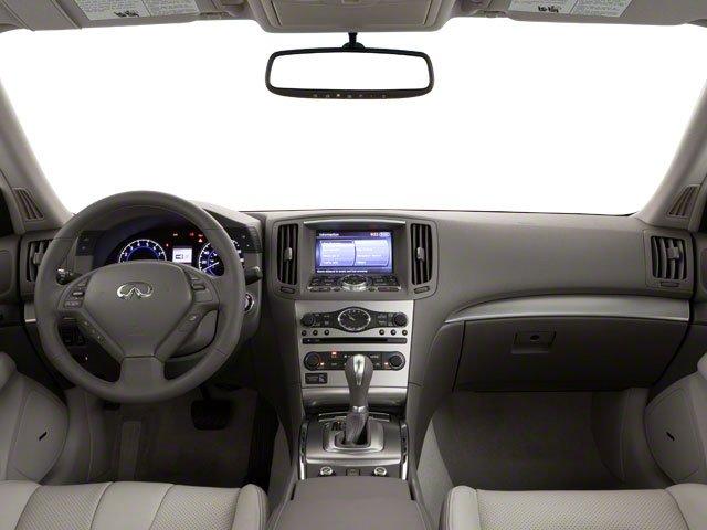 2011 INFINITI G37 Sedan Journey 8