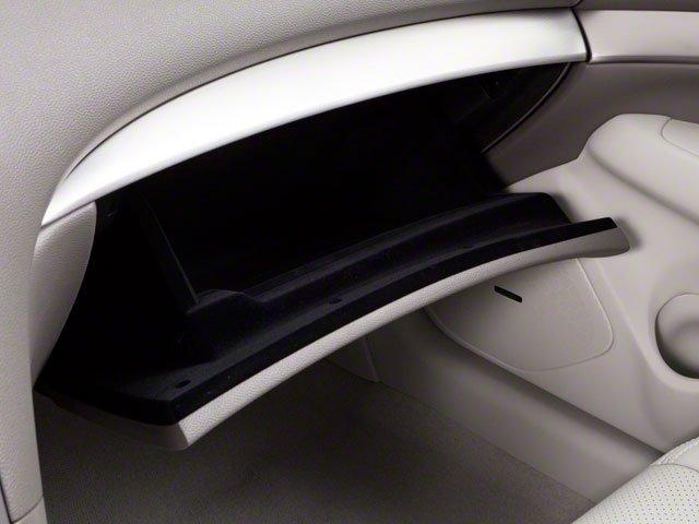 2011 INFINITI G37 Sedan Journey 17