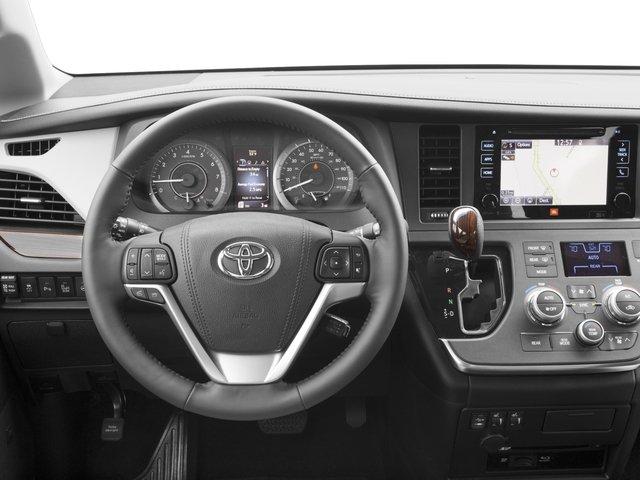 2016 Toyota Sienna XLE 5