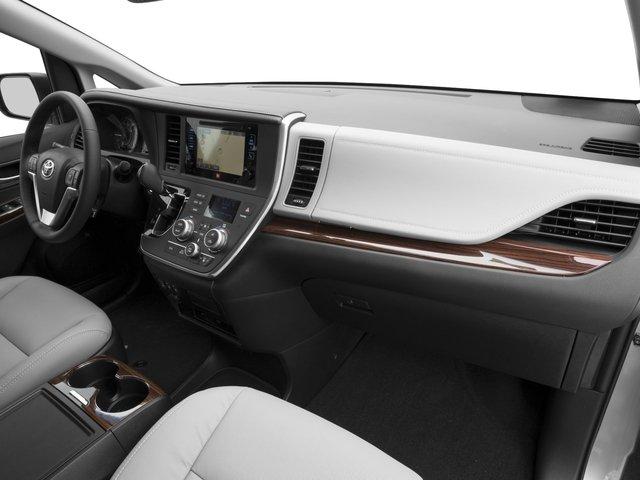 2016 Toyota Sienna XLE 14