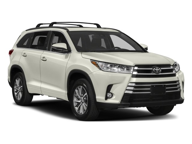 Used 2017 Toyota Highlander in Hillside, NJ