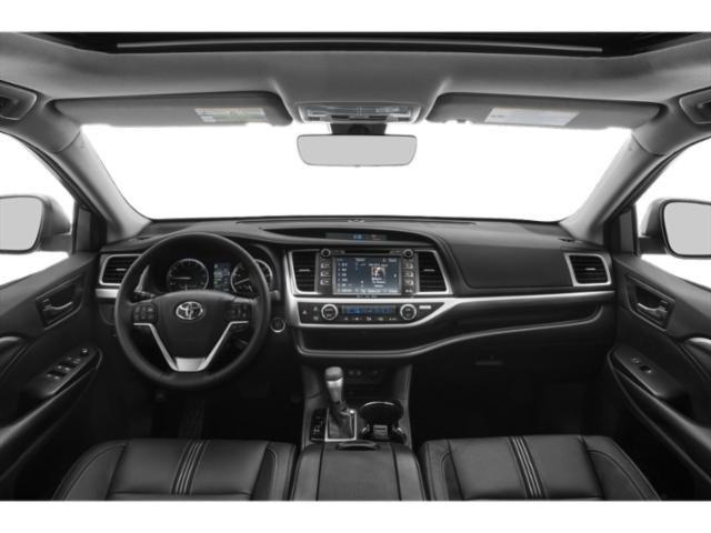 New 2019 Toyota Highlander in Lexington, KY