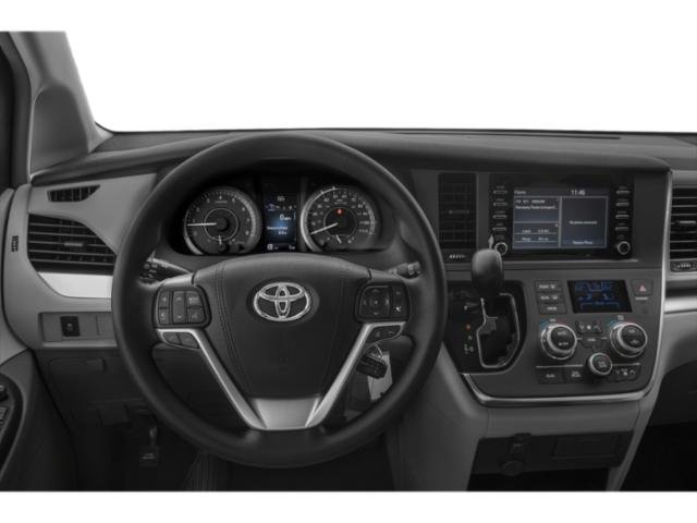 New 2019 Toyota Sienna in Lexington, KY