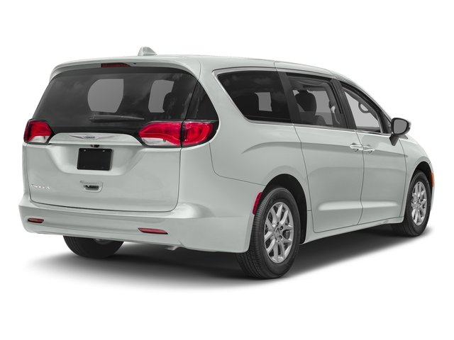 Used 2017 Chrysler Pacifica in Blue Springs, MO