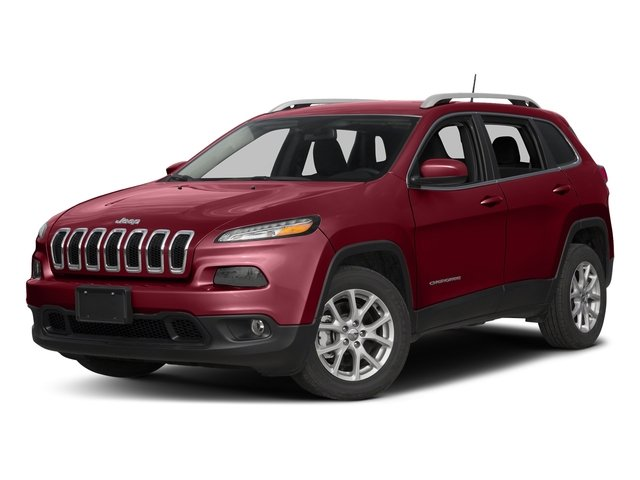 2017 Jeep Cherokee Latitude Latitude FWD Regular Unleaded I-4 2.4 L/144 [0]