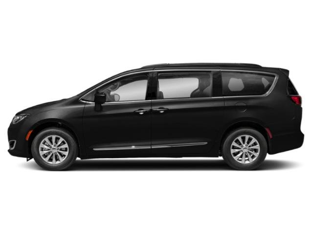 2018 Chrysler Town & Country Limited photo