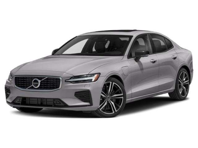 2022 Volvo S60 Recharge Plug-In Hybrid T8 R-Design T8 eAWD PHEV R-Design Turbo/Supercharger Gas/Electric I-4 2.0 L/120 [45]