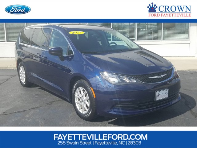 used 2017 Chrysler Pacifica car, priced at $19,040