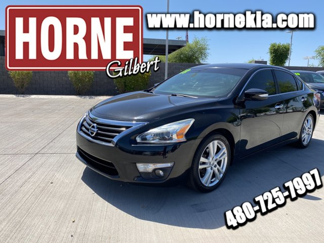 used 2013 Nissan Altima car, priced at $10,950