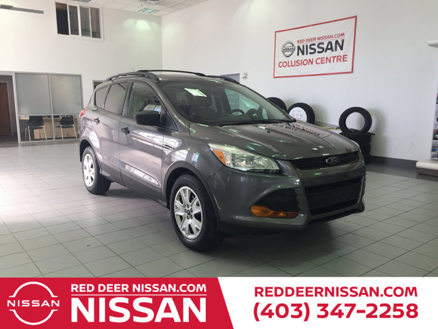 used 2013 Ford Escape car, priced at $12,995